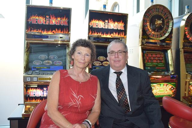 Dinner und Casino - 473875